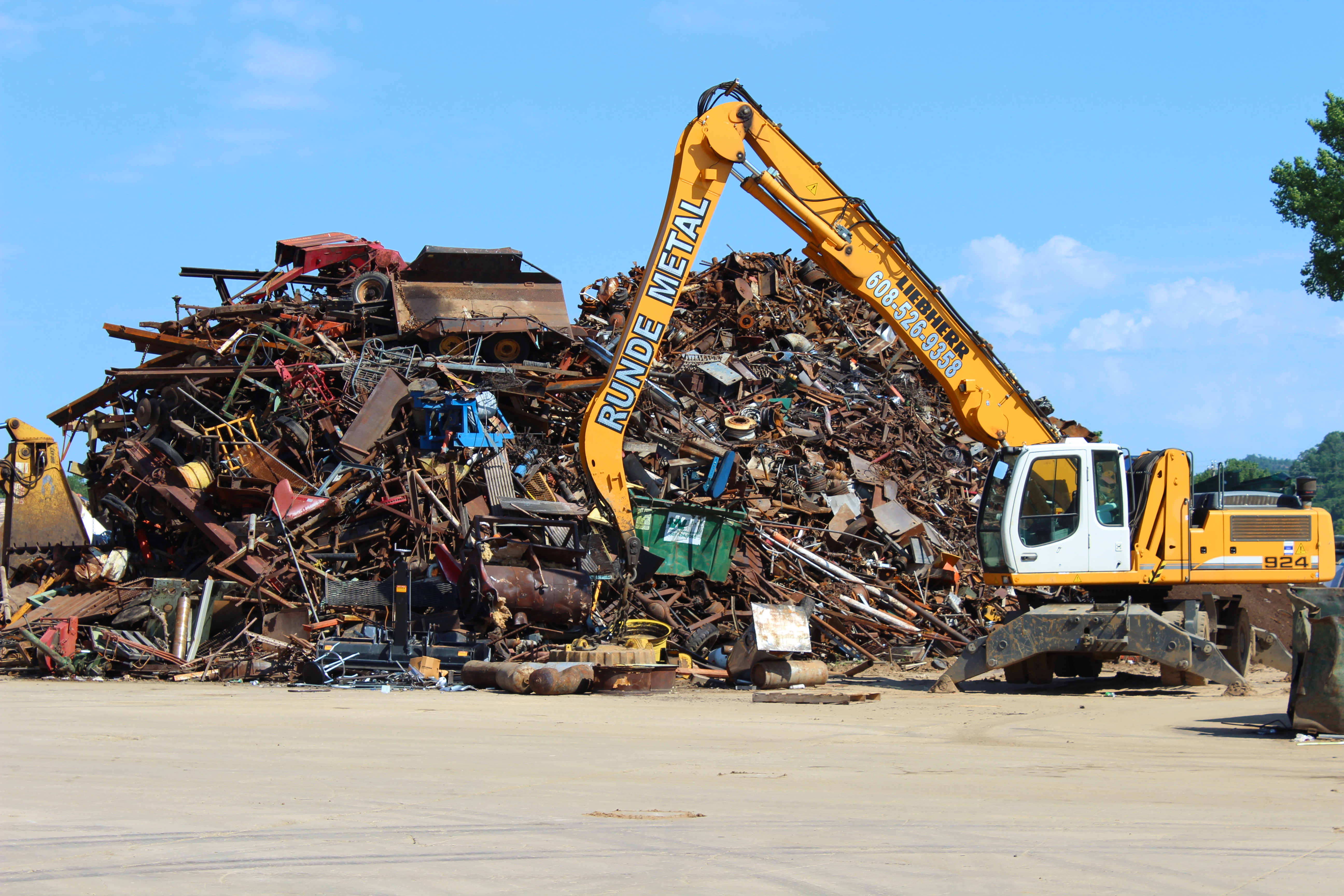 metals recycling This article provides an overview of metal recycling, types of metals recycled, the metal recycling process, business opportunities and trade groups.
